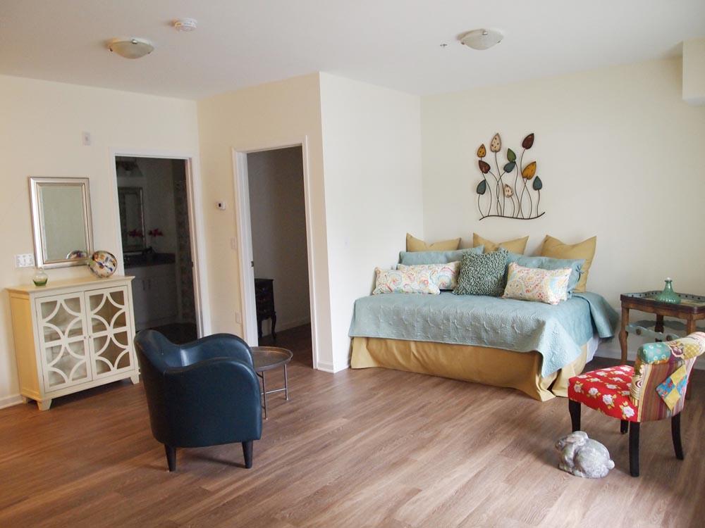 Studio apartments flats 520 north haven ct apartments for 1 room studio apartment